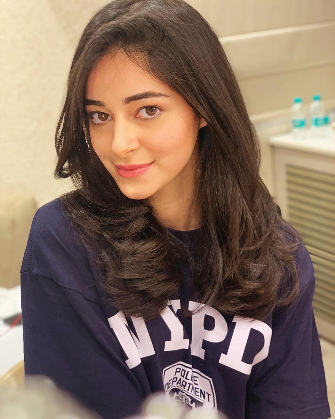 Latest New HD HQ Pics Ananya Pandey
