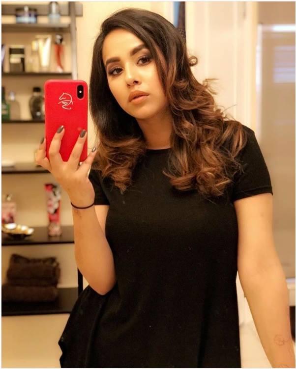 hot selfie pictures Sunanda Sharma