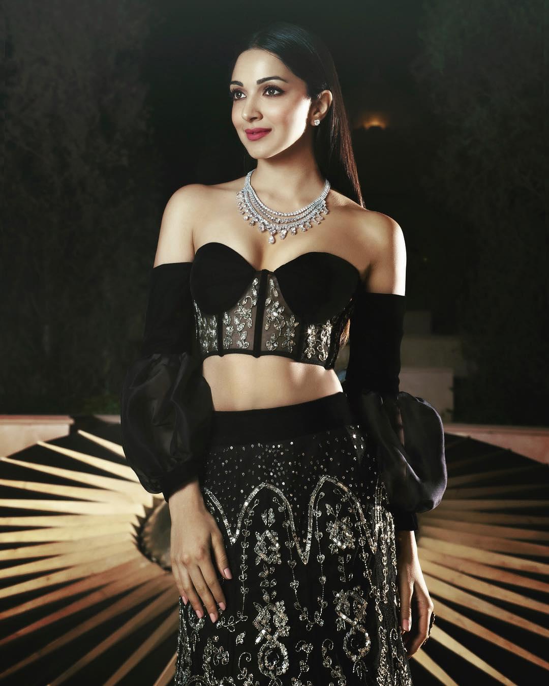 Kiara Advani in Black Dress