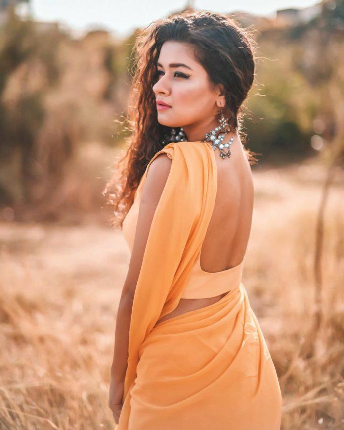 Avneet Kaur Photos