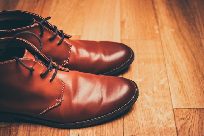 5 Stylish Walking Shoes to Wear To Work
