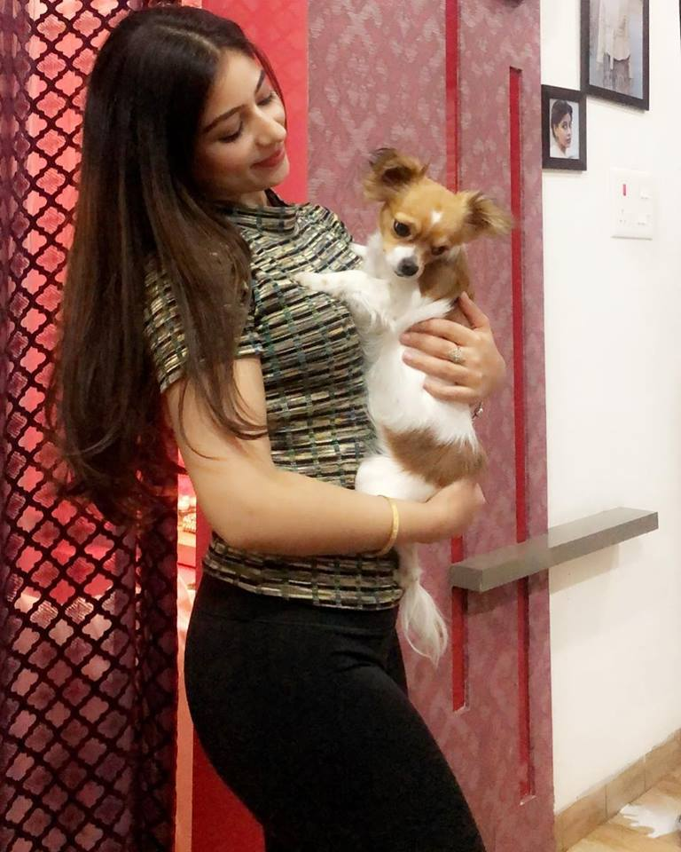 Tania Photos with Dog
