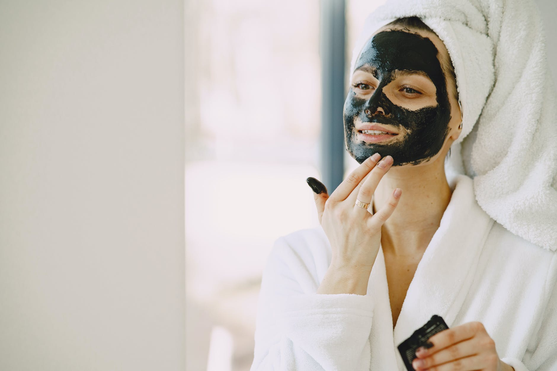Best 5 Clay Masks for Oily Skin