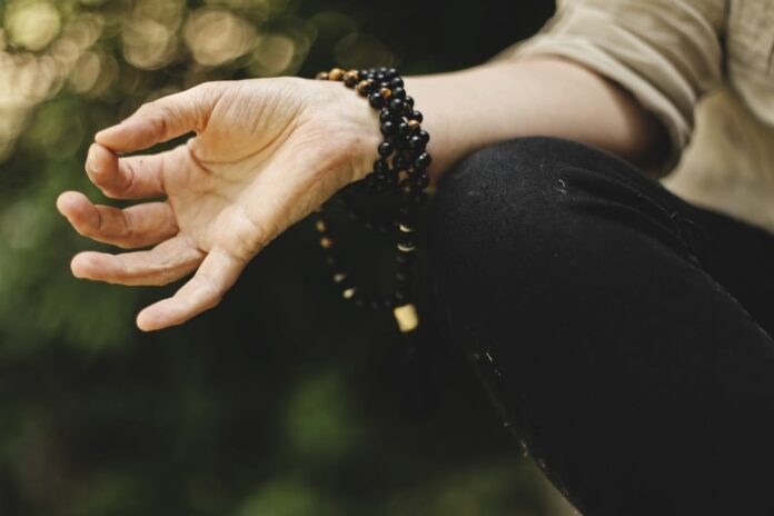 6 Benefits Of Dynamic Meditation For Healthy Living